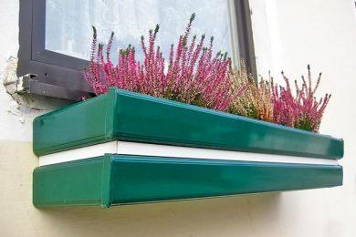 Blumentröge